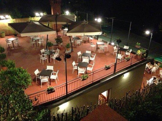 La terrazza illuminata!!! - Foto di La Terrazza Ristorante ...