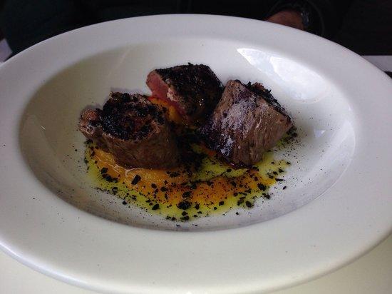 Ristorante La Parolina: Sella di capriolo grgliata salsa di zucca affumicata