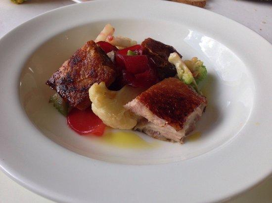 Ristorante La Parolina: Pancetta di maialino brado con mostarda di peperoni cipolla di cannara caramellata
