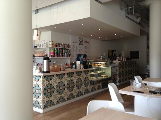 Café Mezzo: The coffee bar