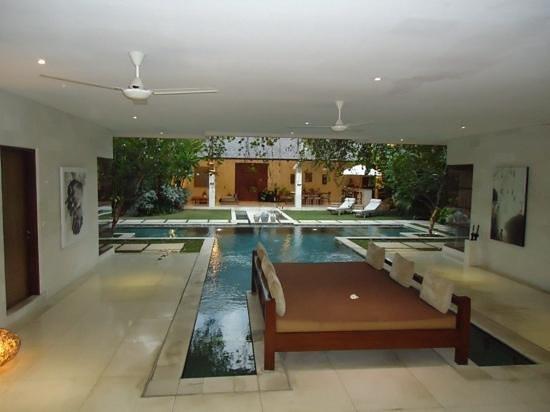 Nyaman Villas: 4 bedroom pool villa