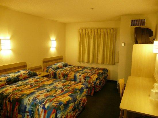 Motel 6 Page: Habitación