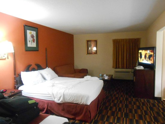 Americas Best Value Inn @ Newark Airport: Unser Zimmer