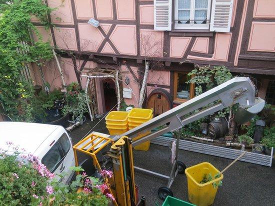 Maison Martin JUND - Chez Cécile et Myriam : Courtyard