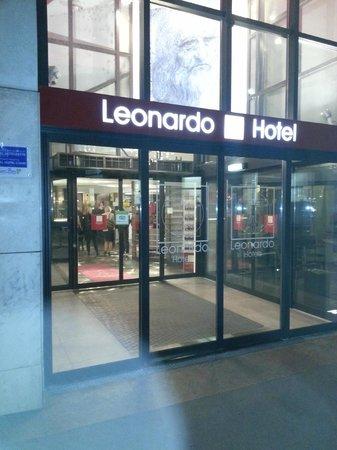 Leonardo Hotel Vienna: Entrance