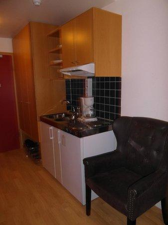 Hotel Fron : Aneks kuchenny w pokoju