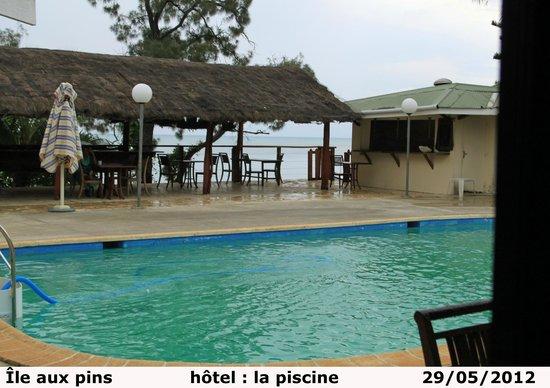 Kodjeue Hotel : La piscine