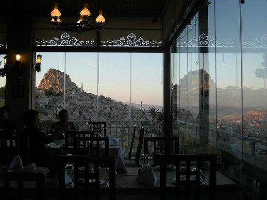Uchisar Kaya Hotel: レストランからの眺め