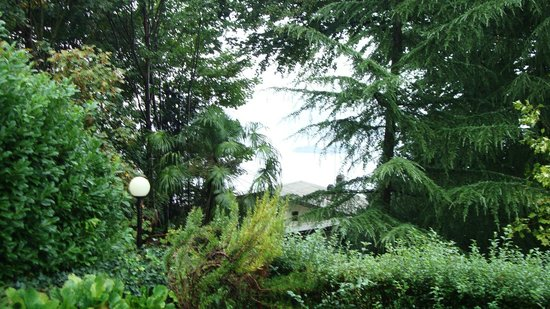 Lo Scoiattolo e la Noce: vista dal giardino