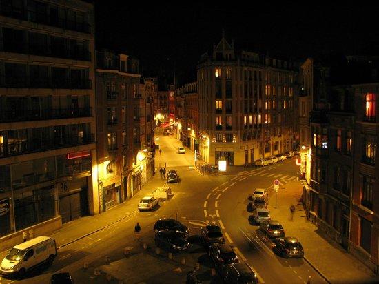 BEST WESTERN PREMIER Why Hotel : evening view