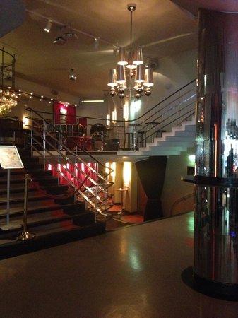 Hotel Rival : Lounge area
