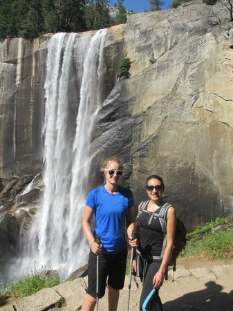 Lasting Adventures - Day Tours: On the Mist trail