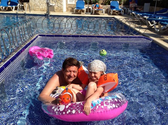 BQ Hotel Maria Dolores: Am Pool