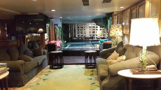 Diamond City Hotel : Reception