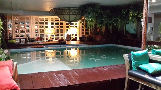 Diamond City Hotel : Pool