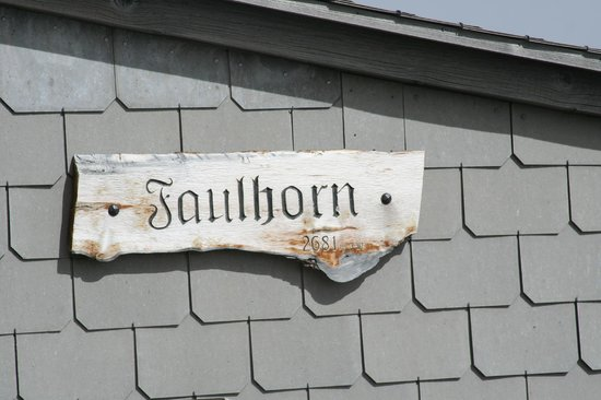 Berghotel Faulhorn: Weathered sign on Deck   - Faulhorn