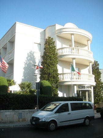 Hotel Ristorante Trullo Sovrano-Alberobello (Ba)