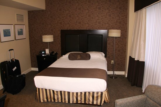 Brent House Hotel & Conference Center: Room 252