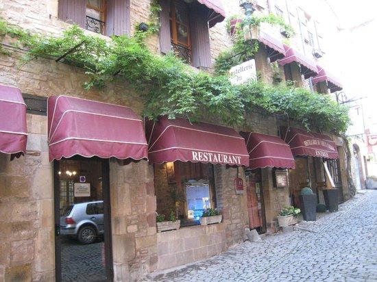 L'Hostellerie du Vieux Cordes Le Bistrot : L'entrée