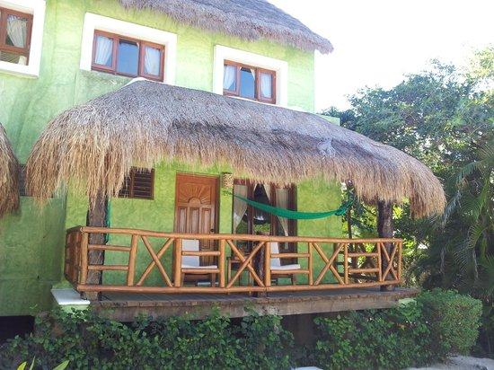 Mahekal Beach Resort: Blick auf Zimmerterrasse