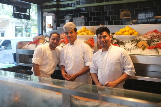The John Dory Oyster Bar: The friendly oyster bar staff