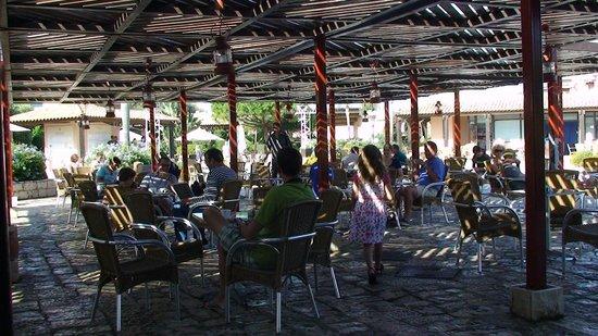 Club Med Kamarina : Agora mit Baar