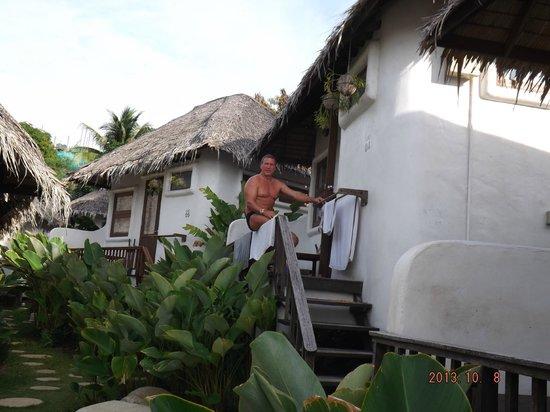 Lazy Day's Samui Beach Resort: die gardeview Bungalows mit kleiner Terrasse