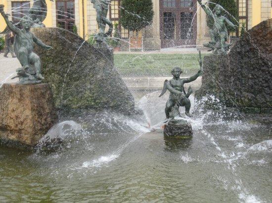 Herrenhäuser Gärten: ......фонтаны