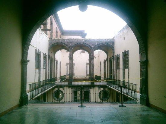 Museo Regional de Guadalajara : Museo en Centro de Guadalajara