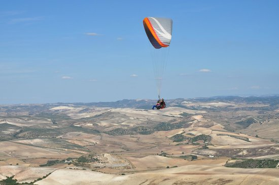 Parapente from mountain next to Hacienda la Morena