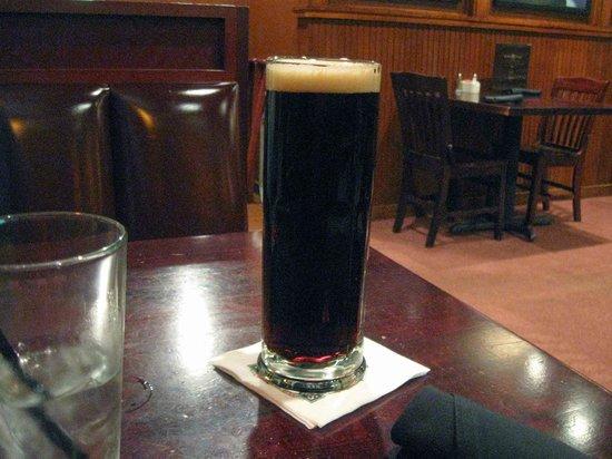 Black Wood's Bar & Grill: Edmund Fitzgerald beer