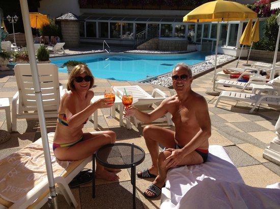 Hotel Sonklarhof: Zum Wohl am Pool