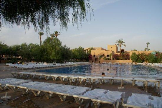Piscine picture of club marmara madina marrakech for Piscine gravenchon