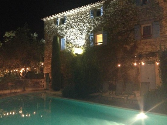 Les Mejeonnes: Interno notte Agriturismo