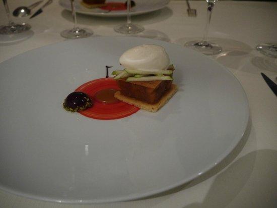 Château Cordeillan-bages : dessert autour de la pomme façon tatin