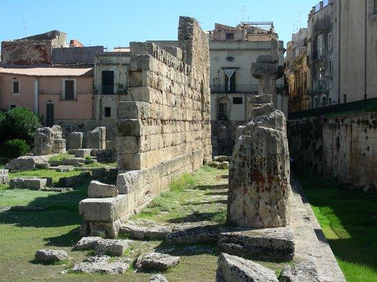 Temple of Apollo (Tempio di Apollo): Tempio di Apollo