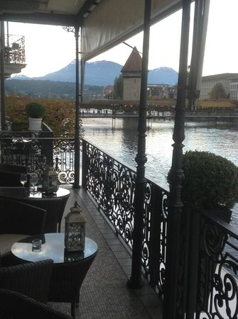 View from the lobby balcony, Hotel Des Balances