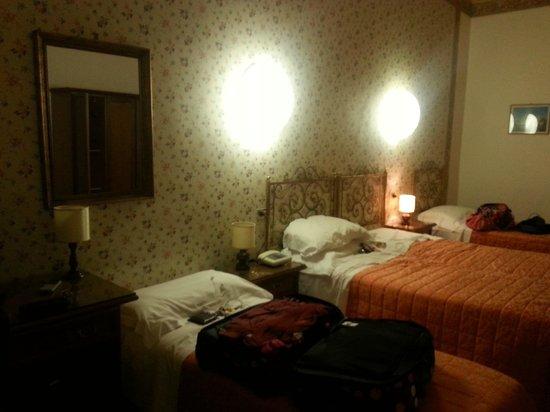 Ariele Hotel: Bedroom