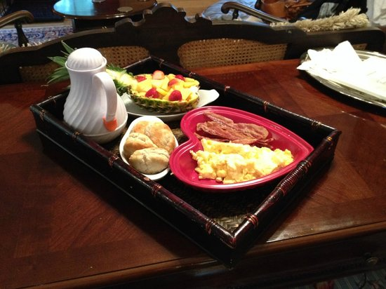 Bridgewater Inn & Cottage LLC: Outstanding breakfast - such a treat