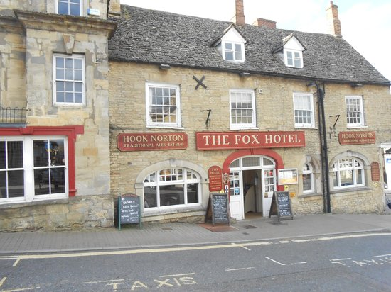 The Fox Hotel Right In Centre Of Chipping Norton