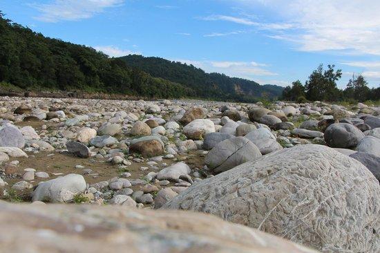Leisure Vacations Myrica Resort: Myrica-Kosi river bed- Nature walk