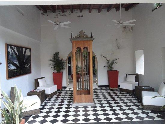 La Casa del Farol Hotel Boutique : Foyer