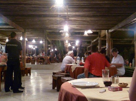 Sangho Club Zarzis : restaurant exterieur