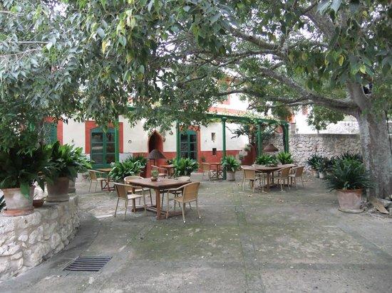 Agroturismo sa Rota d'en Palerm: Frühstücksterrasse