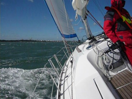 First Class Sailing: TRAVERSING THE SOLENT 2 REEFS IN MAINSAIL