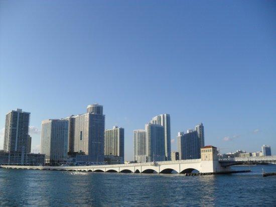 JW Marriott Miami: Miami, bahía cercana al Hotel