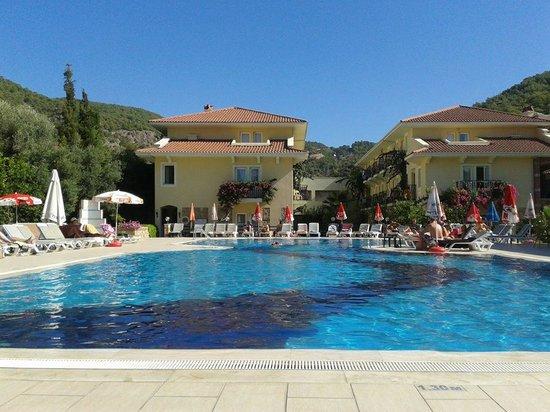 Mavruka Hotel: View from a sunbed 1