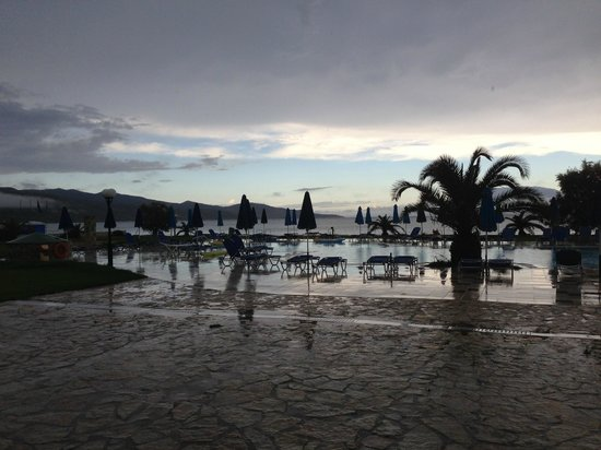 Alykanas Village Hotel : One of the pools during a lull in the rain.