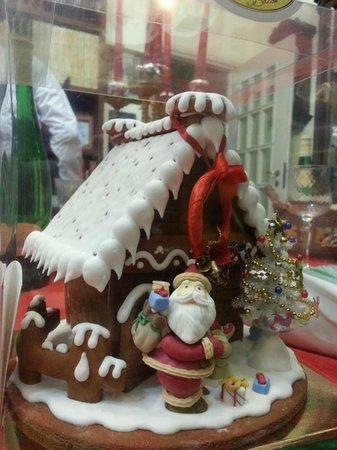 Dolce Idea Gennaro Bottone: Casetta natalizia