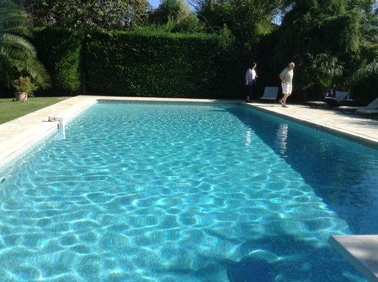 Le Clos Saint Paul: la piscine